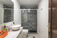 5-Reforma-vivienda-completa-baño-principal-Interiorismo-M2-Al-Detalle1999